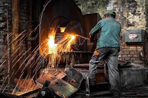 Как происходит демонтаж металлоконструкций