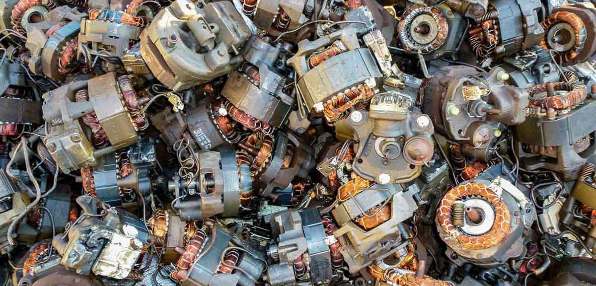 склад двигателей на металлолом
