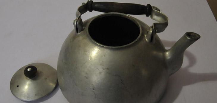 чайник из силумина